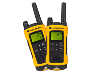 Motorola T80 Extreme Walkie Talkie | Dodax.co.uk